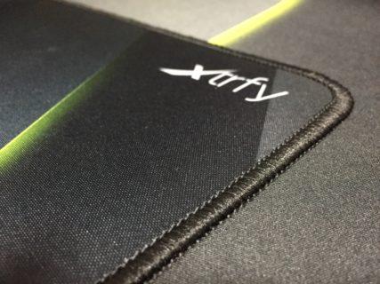 「Xtrfy GP1」レビュー。滑らかな滑り心地を重視するユーザーに最適な、スピード重視のゲーミングマウスパッド