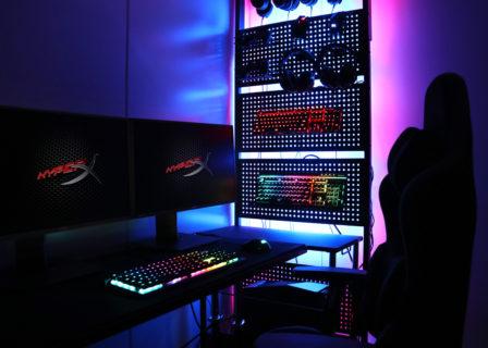 Bauhutte、手持ちのゲーミングデバイスを壁に飾って収納できる「Bauhutte デバイスウォール BHW-700」発売