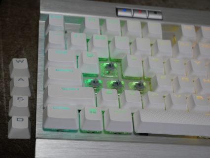 【レビュアー厳選】銀軸メカニカルキーボードのおすすめ5選。ゲーミング(FPS・MOBA)に最適な機種をピックアップ