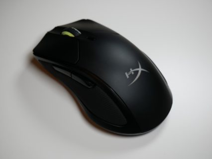「HyperX Pulsefire Dart」レビュー。手が大きい方のかぶせ持ちで真価を発揮する無線ゲーミングマウス