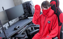 Bauhutte、カラー・サイズ展開が豊富な 安価版ゲーミング着る毛布「ダメ着2020」発売