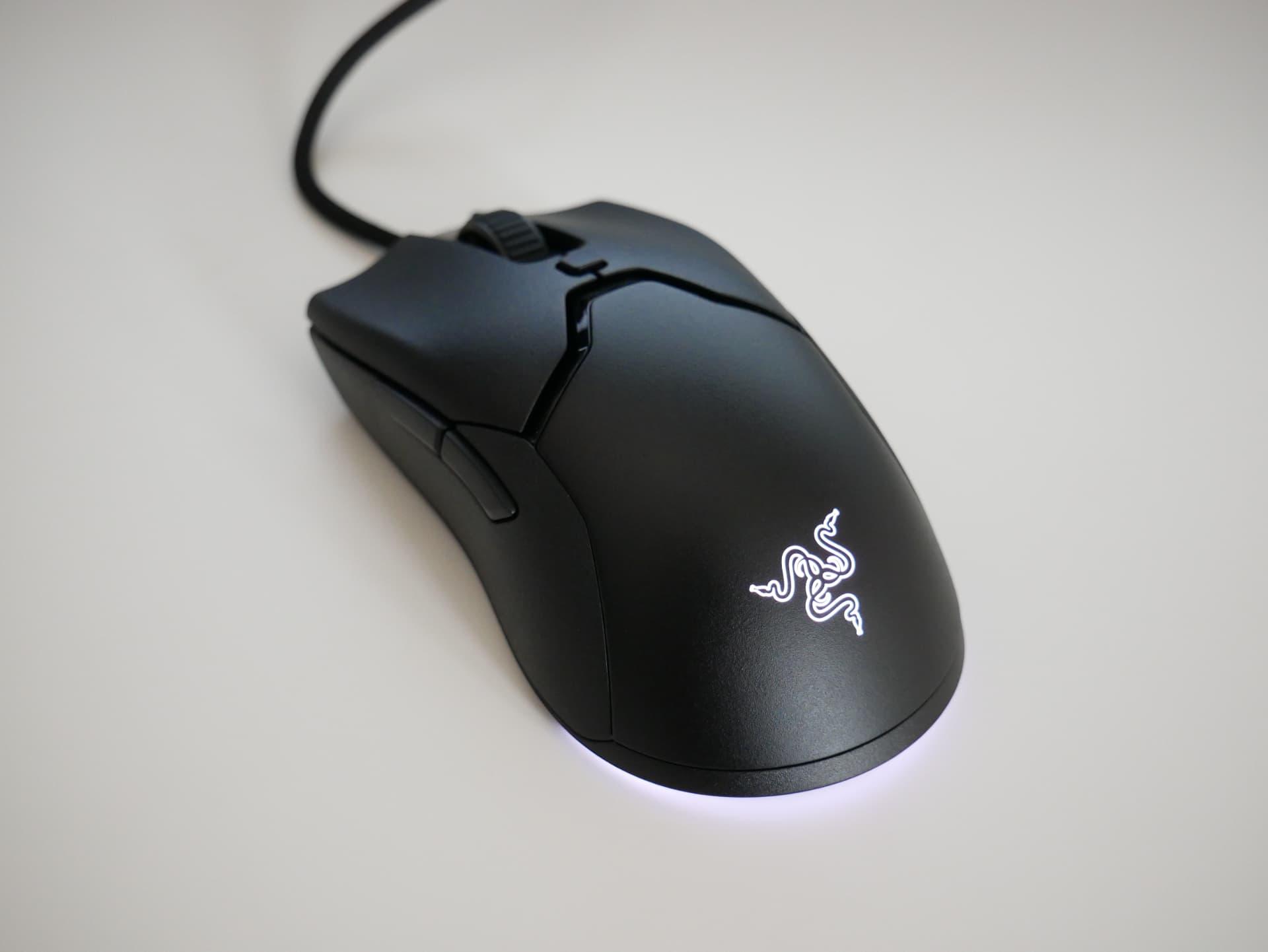 「Razer Viper Mini」レビュー。ありそうで無かった形状の小型軽量ゲーミングマウス