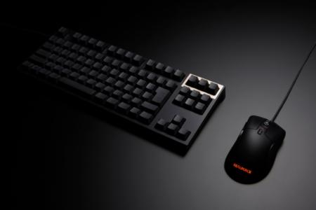 """東プレ、初のマウス「REALFORCE MOUSE」を3月19日頃に発売。""""フェザータッチ""""が可能な静電容量無接点スイッチを左右クリックに搭載"""