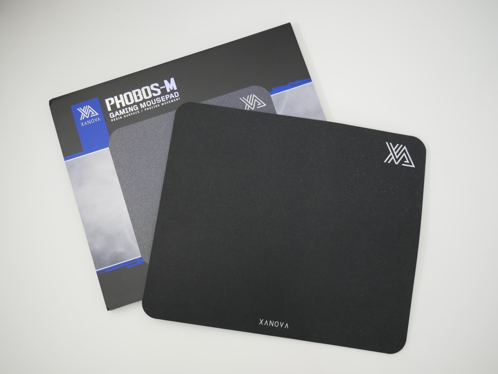「XANOVA Phobos M」レビュー。プラスチック製だけどクッション性のある、特殊な構造のゲーミングマウスパッド