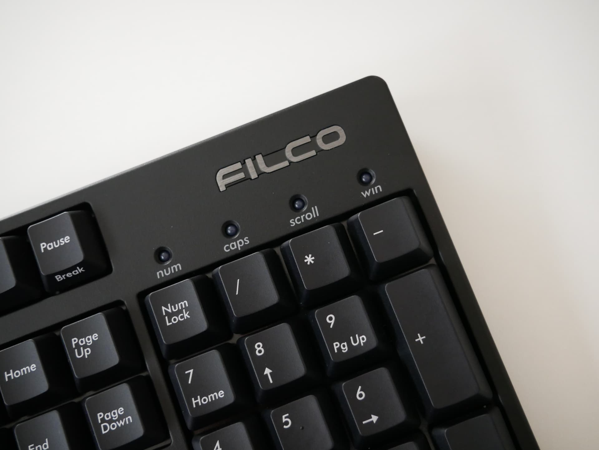 "「FILCO Majestouch Stingray (MX Low Profile Speed)」レビュー。""反応重視""かつ自然に入力が行える不思議なメカニカルキーボード"