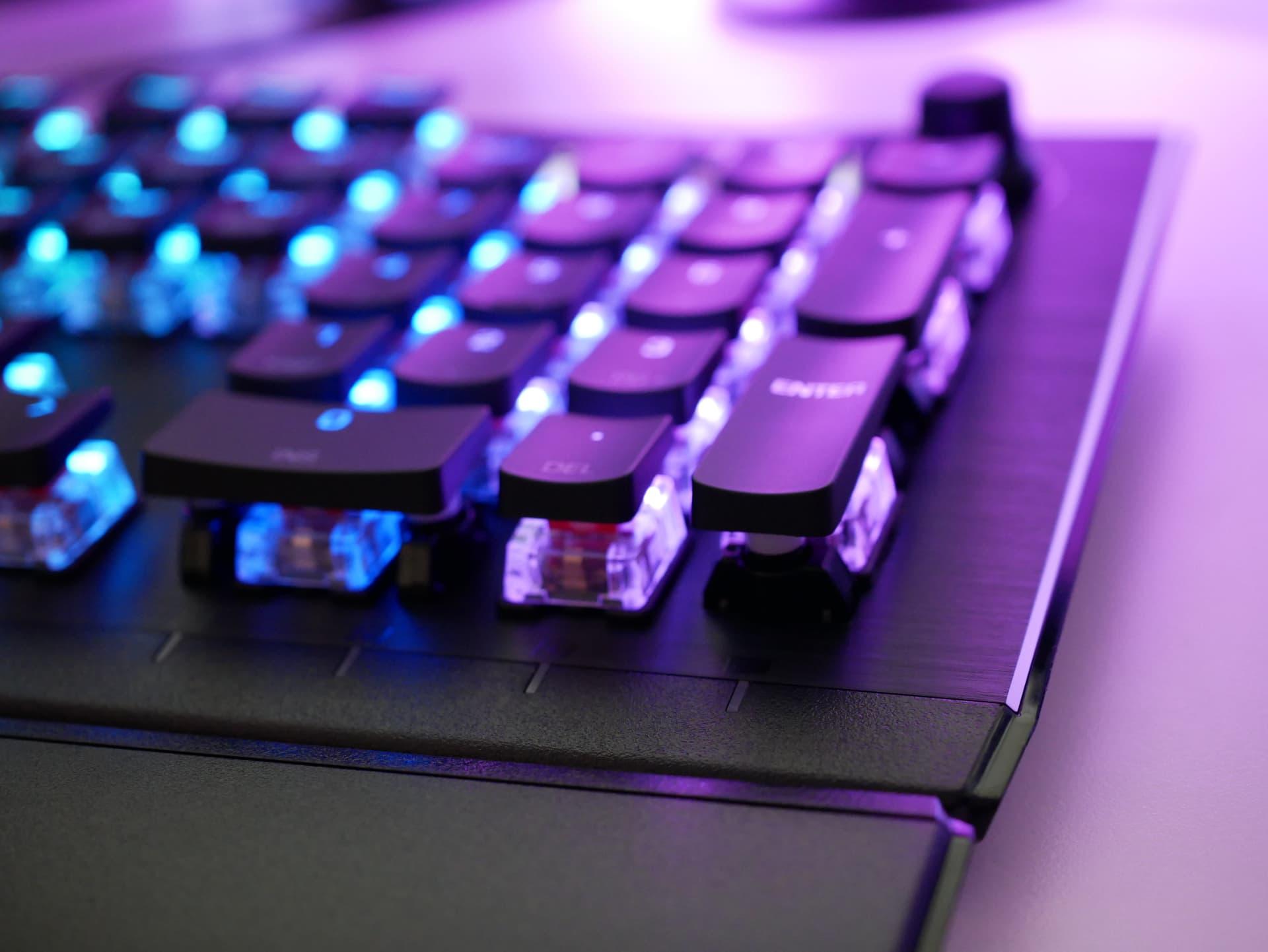 【2021年最新版】おすすめのゲーミングキーボード11選。FPSで有利になる選び方も解説