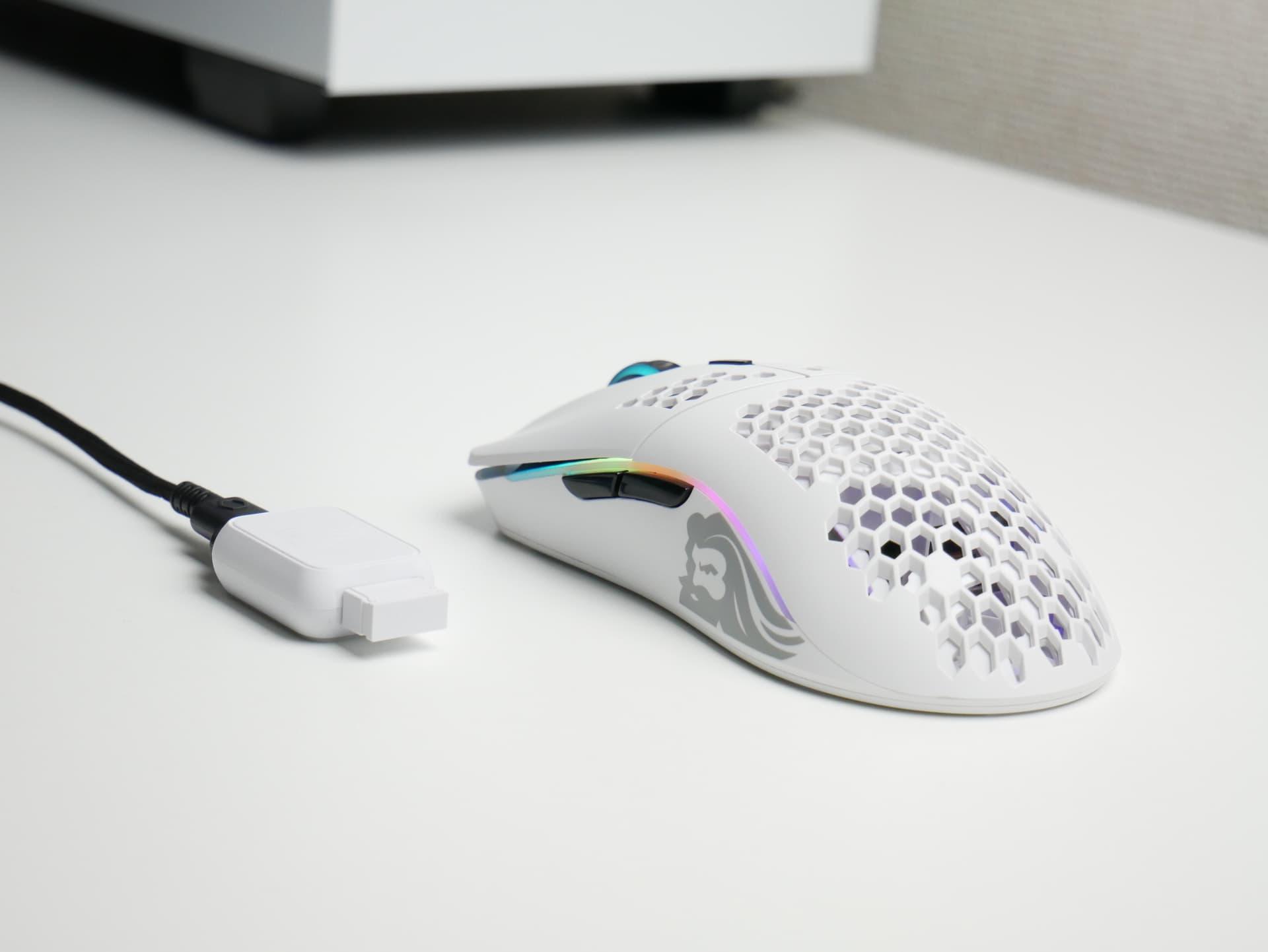 「Glorious Model O Wireless」レビュー。安価かつ高クオリティな無線ゲーミングマウス