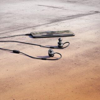 SteelSeries、ブームマイク付属のモバイル向けゲーミングイヤホン「Tusq」を3月19日に国内発売